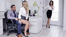 Manager have three-way intercourse with assistants