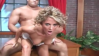 Short haired blonde MILF Spring Thomas gets two loads on her face
