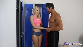 Tricky teen Helena Moeller seduced muscled guy to think the world of